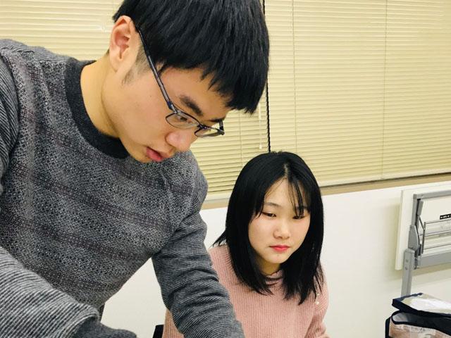 Estudantes do Ensino fundamental (chugakusei) e ensino médio (kokosei) também podem frequentar nossas aulas nos fins de tarde